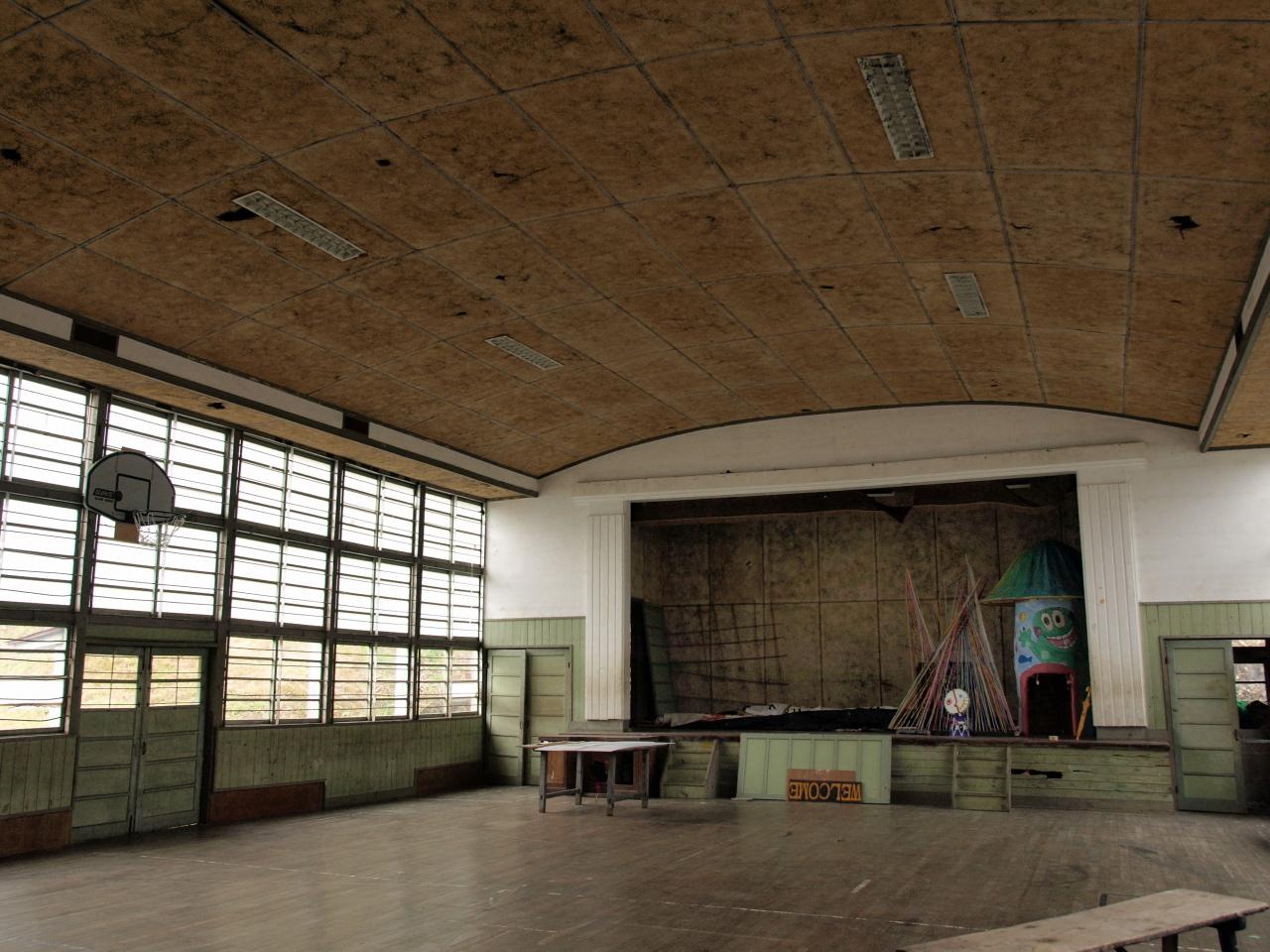 天井のアーチ